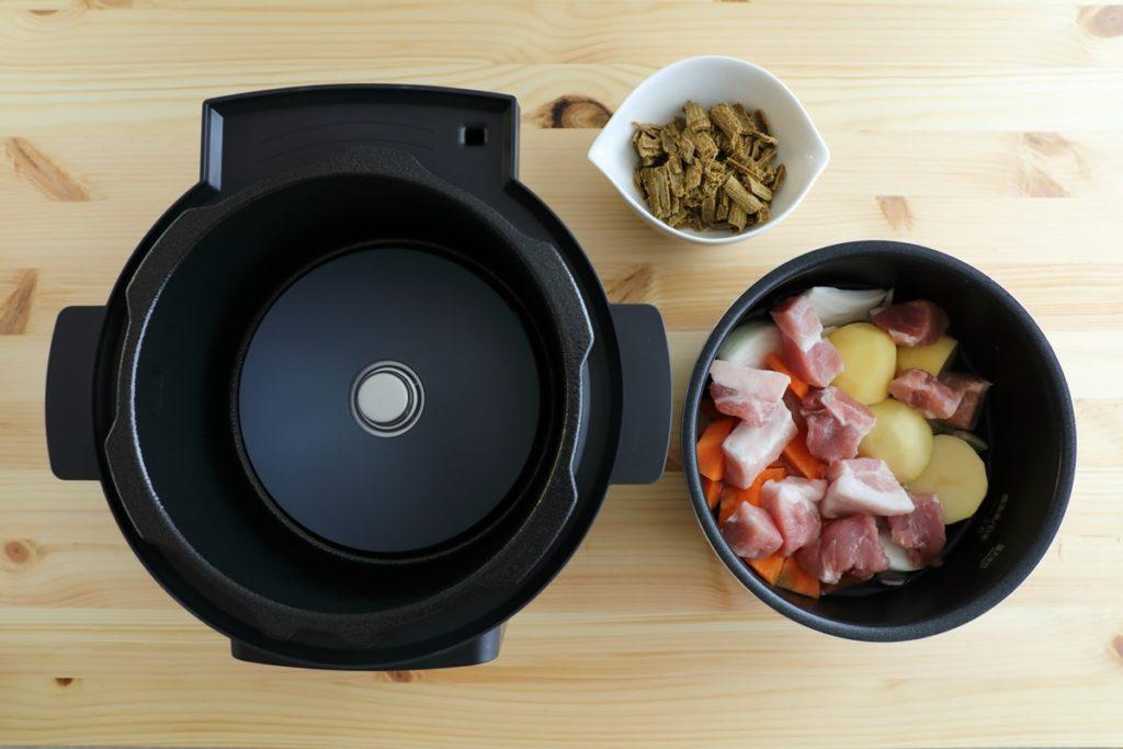 アイリスオーヤマの電気圧力鍋【KPC-MA2】レシピ「カレーライス」