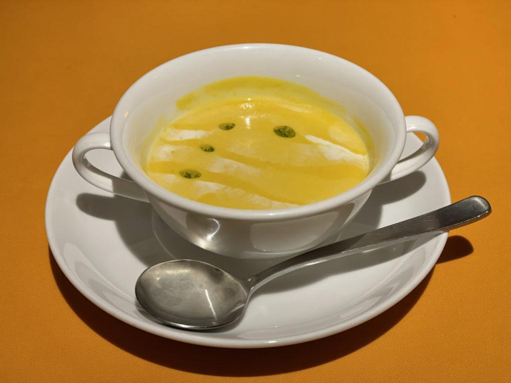 レストラン尾道レスポワールドゥカフェのランチのスープ