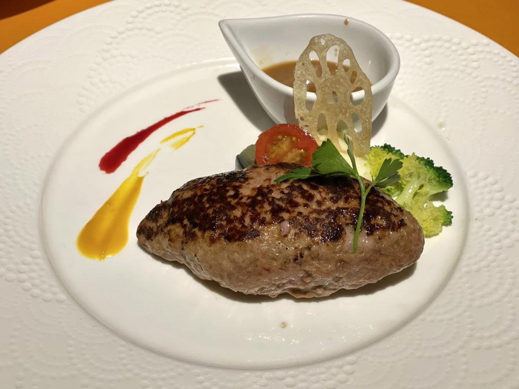 レストラン尾道レスポワールドゥカフェのランチの和牛ハンバーグ