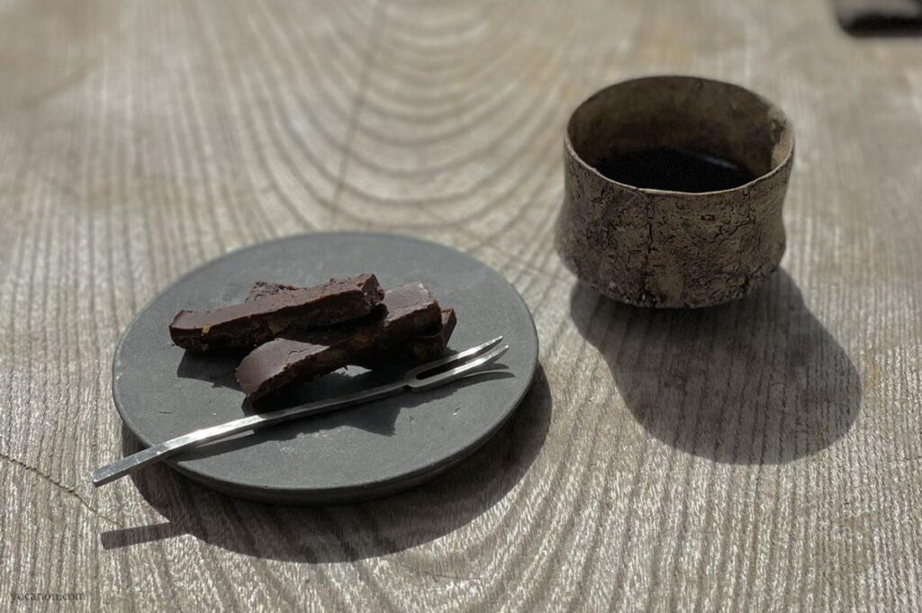 尾道向島の珈琲と季節菓子nagi ローチョコ・デミタスハーフ