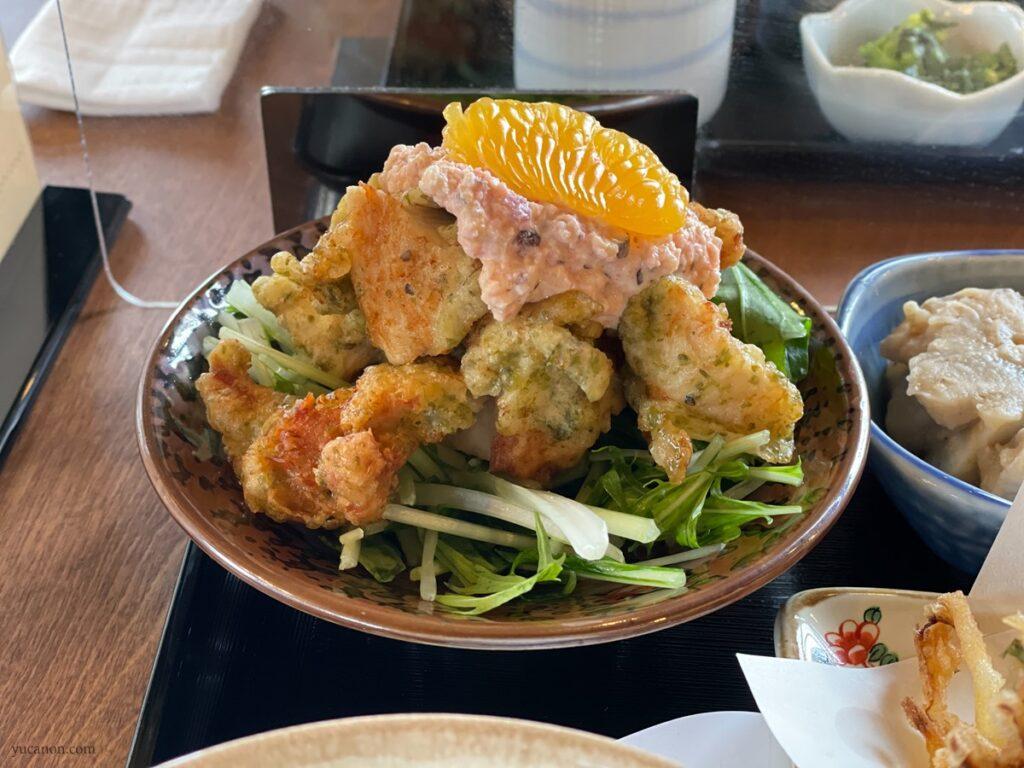 因島「六大陸」日替わり定食の鶏天タルタル